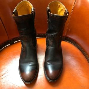 Frye Short Leather Carson Riding Boots